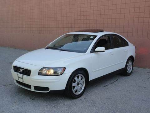 2005 Volvo S40 for sale at United Motors Group in Lawrence MA