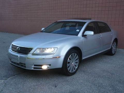 2005 Volkswagen Phaeton for sale at United Motors Group in Lawrence MA