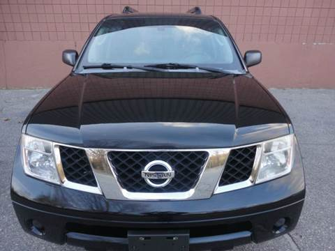 2005 Nissan Pathfinder for sale at United Motors Group in Lawrence MA