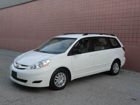 2008 Toyota Sienna for sale at United Motors Group in Lawrence MA