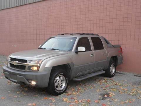 2002 Chevrolet Avalanche for sale at United Motors Group in Lawrence MA