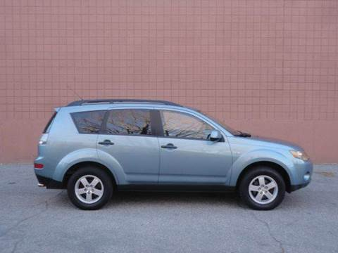 2007 Mitsubishi Outlander for sale at United Motors Group in Lawrence MA