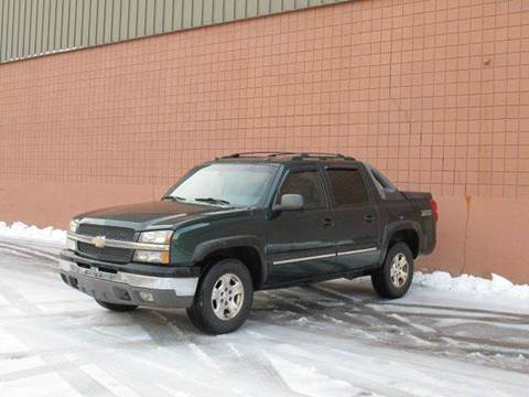 2004 Chevrolet Avalanche for sale at United Motors Group in Lawrence MA