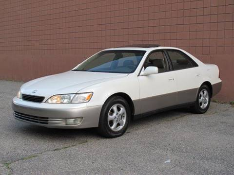 1999 Lexus ES 300 for sale at United Motors Group in Lawrence MA