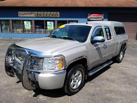 2007 Chevrolet Silverado 1500 for sale at Rombaugh's Auto Sales in Battle Creek MI
