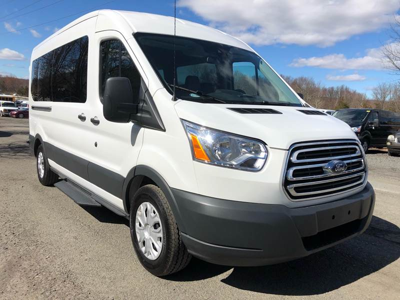 b5029938c1 2018 Ford Transit Passenger 350 XLT 3dr LWB Medium Roof Passenger Van  w Sliding Passenger