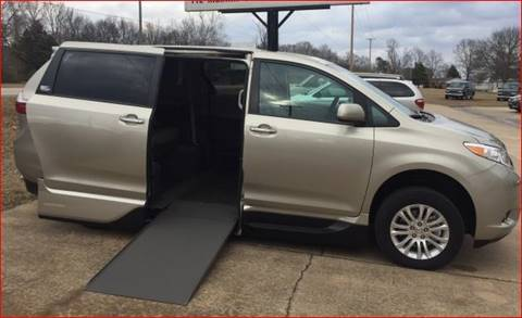 2017 Toyota Sienna for sale in Brooklyn, NY