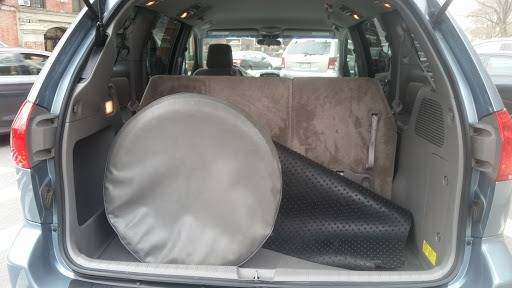 2010 Toyota Sienna (image 18)