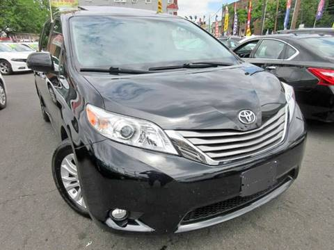 2015 Toyota Sienna XLE 7-Passenger for sale at Seewald Cars in Brooklyn NY