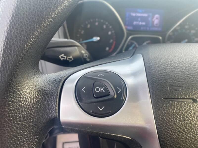2013 Ford Focus SE 4dr Sedan - Geneva NY