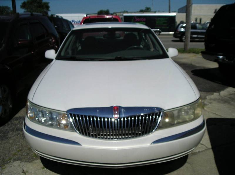 2002 Lincoln Continental car for sale in Detroit