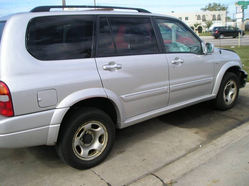 2002 Suzuki Xl7 car for sale in Detroit