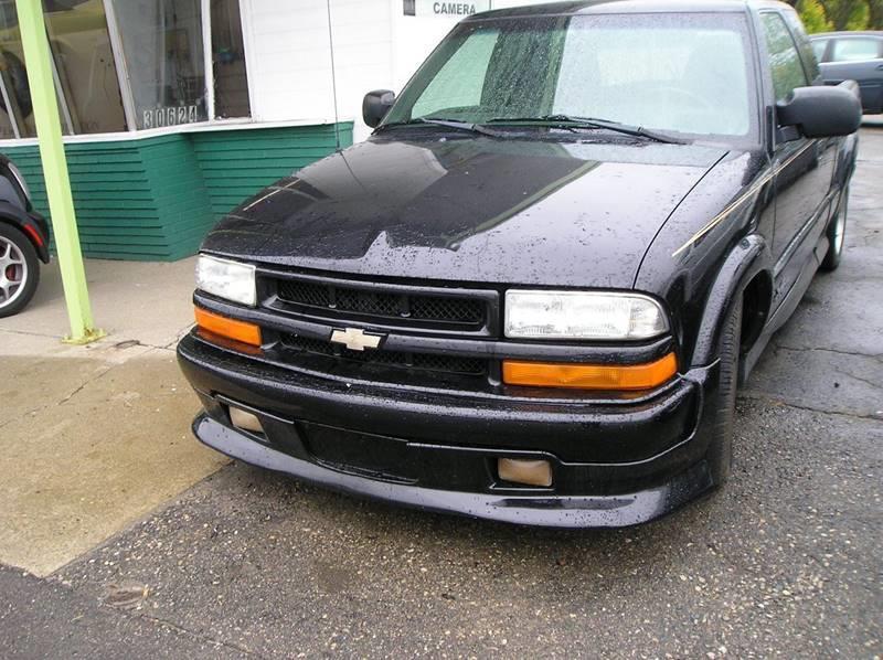 2002 Chevrolet S-10 car for sale in Detroit