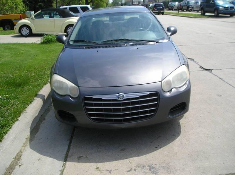 2005 Chrysler Sebring car for sale in Detroit