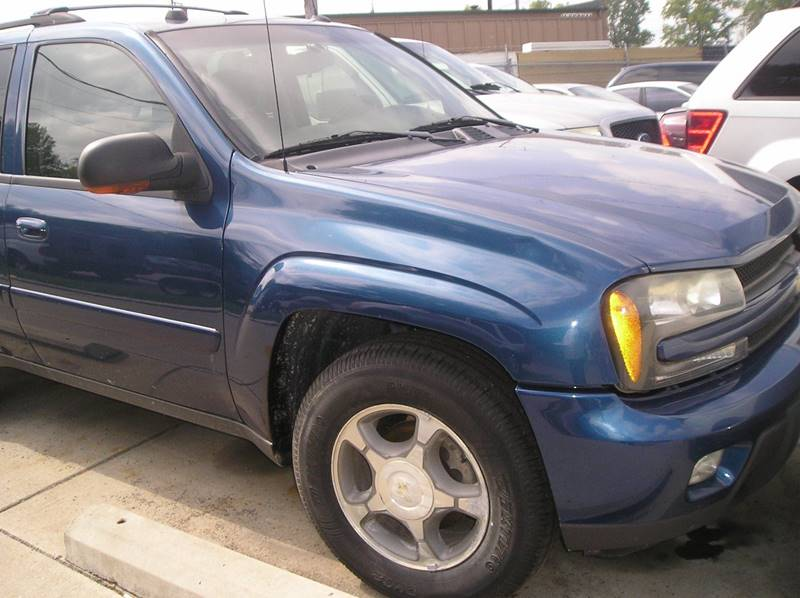 2005 Chevrolet Trailblazer car for sale in Detroit