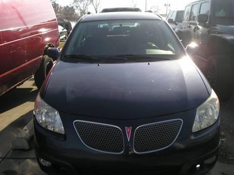 2006 Pontiac Vibe for sale in Roseville, MI