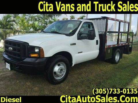 2006 Ford F-350 Super Duty flatbed for sale in Medley, FL