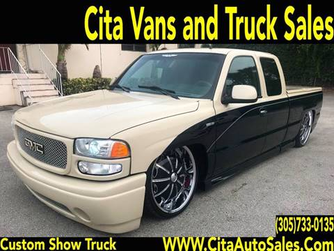 2001 GMC Sierra C3 for sale at Cita Auto Sales in Medley FL