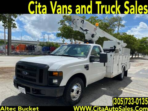 2008 FORD F350  BUCKET BOOM TRUCK UTILITY SERVICE BODY F-350 for sale at Cita Auto Sales in Medley FL