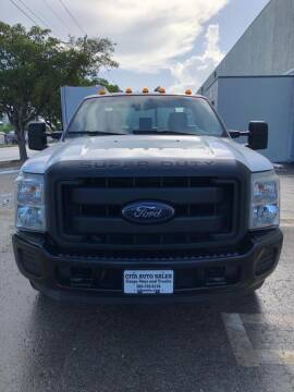 2014 FORD F350 SD DRW PEST CONTROL LANSCAPE  SPRAY TRUCK.