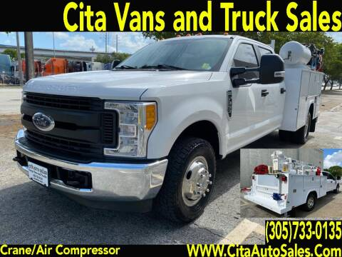 2017 FORD F350 SD CREW CAB CRANE UTILITY TRUCK. for sale at Cita Auto Sales in Medley FL