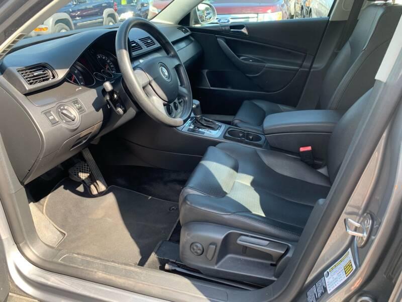 2006 Volkswagen Passat 2.0T 4dr Sedan w/Automatic - Harrisburg PA
