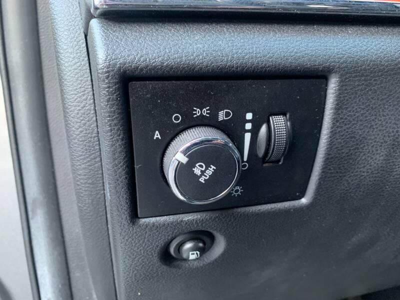 2012 Jeep Grand Cherokee 4x4 Overland 4dr SUV - Harrisburg PA
