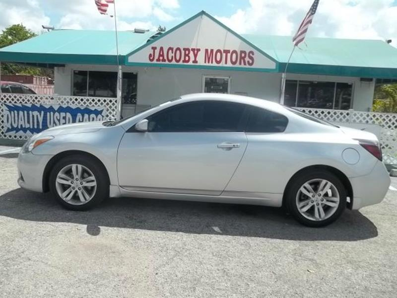 2011 Nissan Altima 2.5 S 2dr Coupe CVT   Fort Myers FL