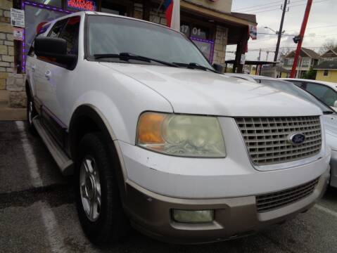 2004 Ford Expedition Eddie Bauer for sale at USA Auto Brokers in Houston TX