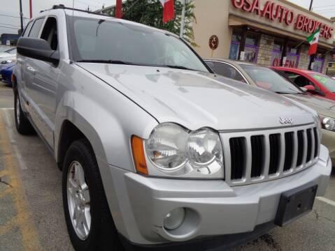 2007 Jeep Grand Cherokee Laredo for sale at USA Auto Brokers in Houston TX