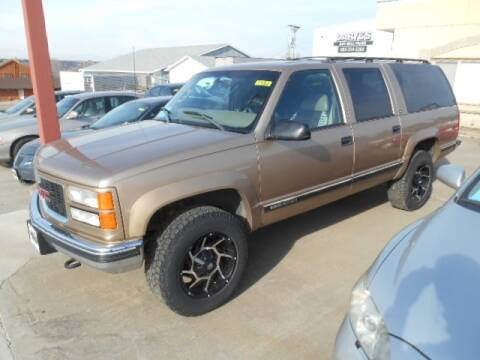 1999 GMC Suburban for sale in Chamberlain, SD