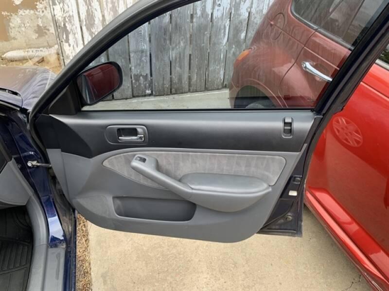 2003 Honda Civic LX 4dr Sedan - Chamberlain SD