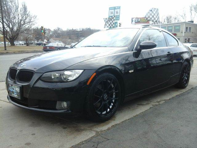 Bmw Series I Coupe W NAV In Revere MA Circle Auto Sales - Bmw 328i coupe 2007