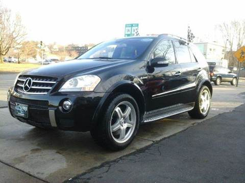 2007 Mercedes-Benz M-Class for sale at Circle Auto Sales in Revere MA