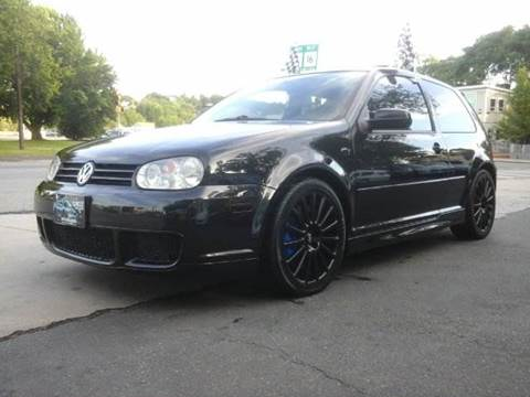 2004 Volkswagen R32 for sale at Circle Auto Sales in Revere MA