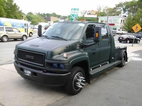 2005 GMC TOPKICK for sale at Circle Auto Sales in Revere MA
