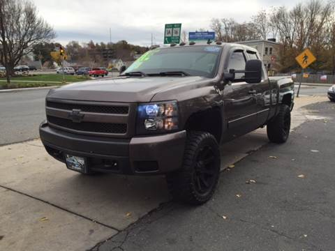 2008 Chevrolet Silverado 1500 for sale at Circle Auto Sales in Revere MA