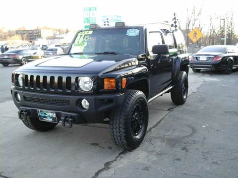 2006 HUMMER H3 for sale at Circle Auto Sales in Revere MA