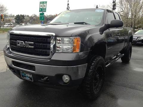 2011 GMC Sierra 2500HD for sale at Circle Auto Sales in Revere MA