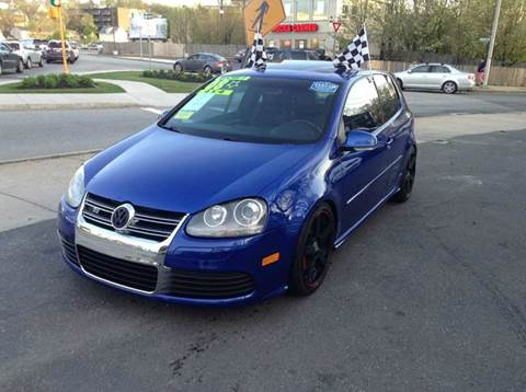 2008 Volkswagen R32 for sale at Circle Auto Sales in Revere MA