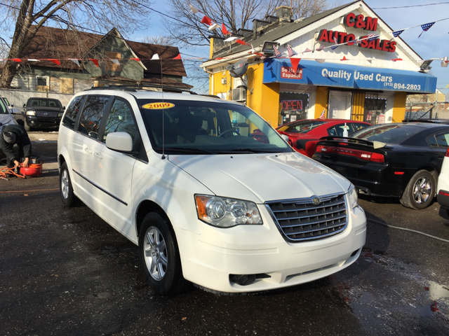 2009 Chrysler Town and Country for sale at C & M Auto Sales in Detroit MI