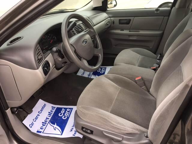 2004 Ford Taurus SE 4dr Sedan - Oshkosh WI