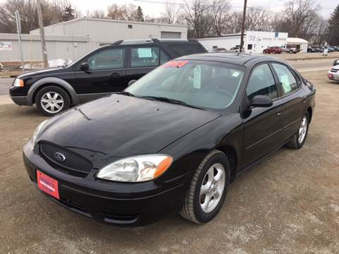 2004 Ford Taurus for sale in Oshkosh, WI