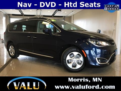 2017 Chrysler Pacifica for sale in Morris, MN