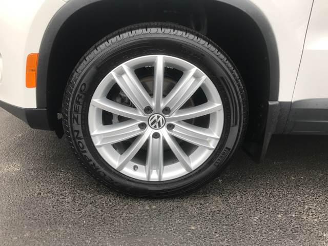 2011 Volkswagen Tiguan SEL 4Motion 4dr SUV w/ Premium Navigation and Dynaudio - Vineland NJ