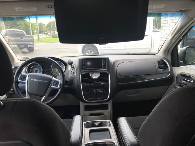 2012 Chrysler Town and Country Touring 4dr Mini-Van - Vineland NJ
