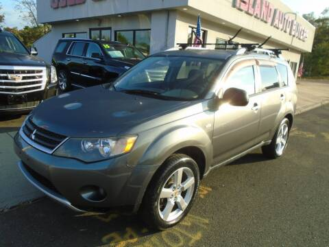 2007 Mitsubishi Outlander for sale at Island Auto Buyers in West Babylon NY