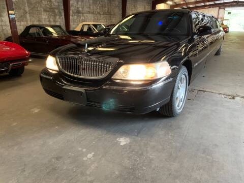 2011 Lincoln Town Car for sale at American Classic Car Sales in Sarasota FL
