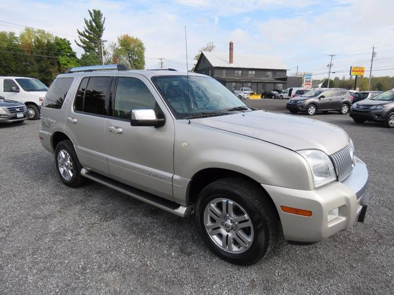 2007 Mercury Mountaineer for sale at GREENPORT AUTO in Hudson NY