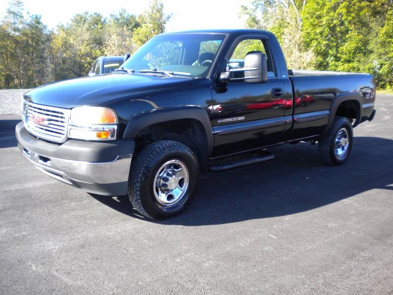 2002 GMC Sierra 2500HD for sale at GREENPORT AUTO in Hudson NY